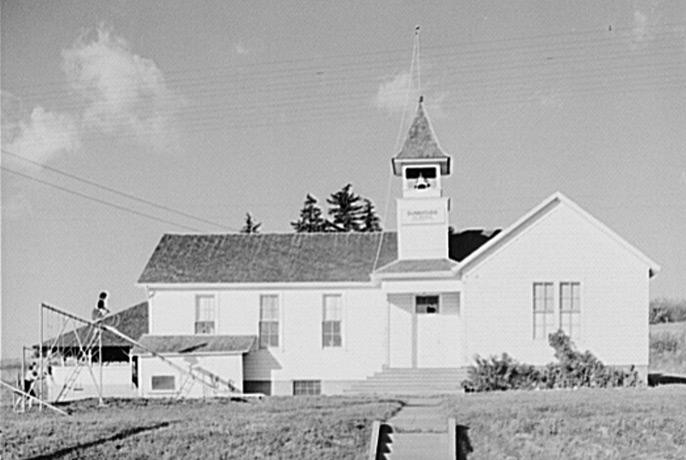 Hermiston School